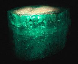 10.Emerald_min